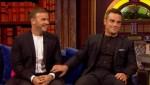 Gary et Robbie interview au Paul O Grady 07-10-2010 22d571101824298