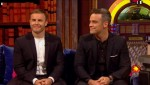 Gary et Robbie interview au Paul O Grady 07-10-2010 241fa0101825048