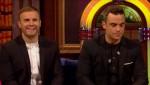 Gary et Robbie interview au Paul O Grady 07-10-2010 35643d101825218