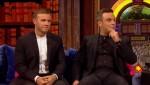 Gary et Robbie interview au Paul O Grady 07-10-2010 Caacb8101824068