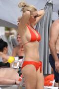 Дженни Маккарти, фото 34. Jenny McCarthy Miami Beach 10/15/10, photo 34