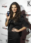 Ali Landry @ Verizon launch event for the new HTC Incredible smartphone - November 21, 2010