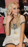 Nov 22, 2010 - Pixie Lott - Promoting her collection at Lipsy store in London  712759108408495