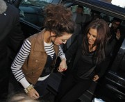 Шер Ллойд, фото 131. Cher Lloydyl Cole & Cher Lloyd - Arriving at Cher Lloyd's house in Malvern (December 07,2010) tagged, foto 131