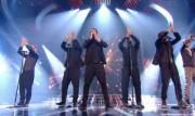 Take That au X Factor 12-12-2010 - Page 2 38a3e0111005868