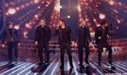 Take That au X Factor 12-12-2010 - Page 2 868b22111005426