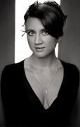 Camilla Läckberg's best-selling milf cleavage ... 3 pics