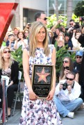 Дженнифер Анистон, фото 8644. Jennifer Aniston Inducted into the Hollywood Walk Of Fame - February 22, 2012, foto 8644