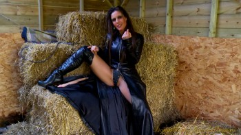 Dominatrix Annabelle - A Rendezvous With My Stable Boy